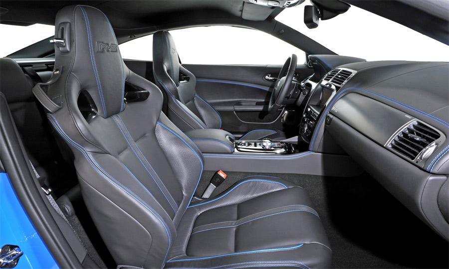 Der neue Jaguar XKR-S verströmt auch im Interieur pure Sportlichkeit und viel Luxus.