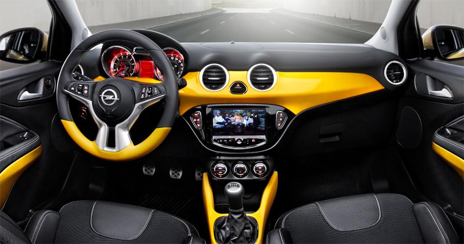 Den neuen Opel Adam mit seinem grossen Touchscreen-Bildschirm wird es in den Ausstattungsrichtungen Jam, Glam und Slam geben.