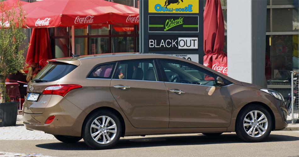 Der Hyundai i30 Wagon ist kein Riese, innerhalb der Kompaktklasse bietet er jedoch ein geräumiges Ladeabteil.