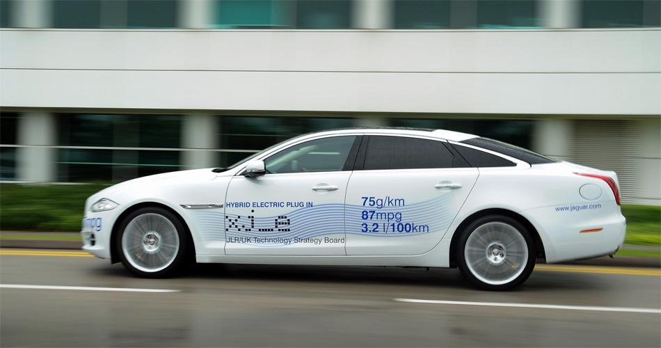 Ob und wann der Jaguar XJ als Plug-In-Hybrid kommen wird, steht noch in den Sternen.